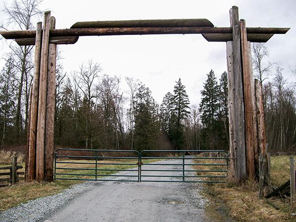 D&B Auger - Ranch Style Gates