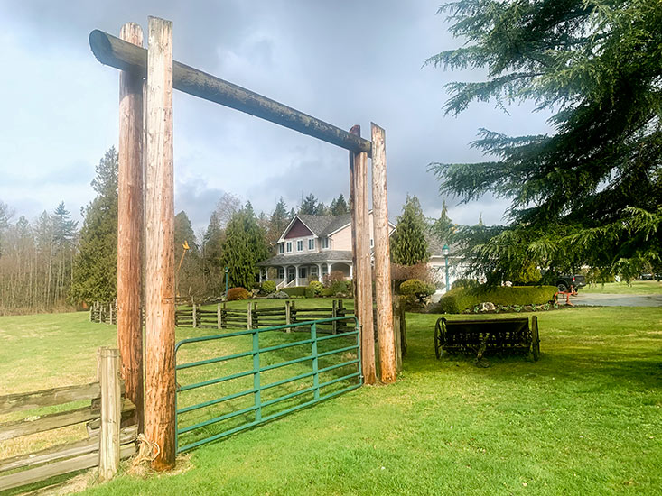 Ranch-Style-Gates-1